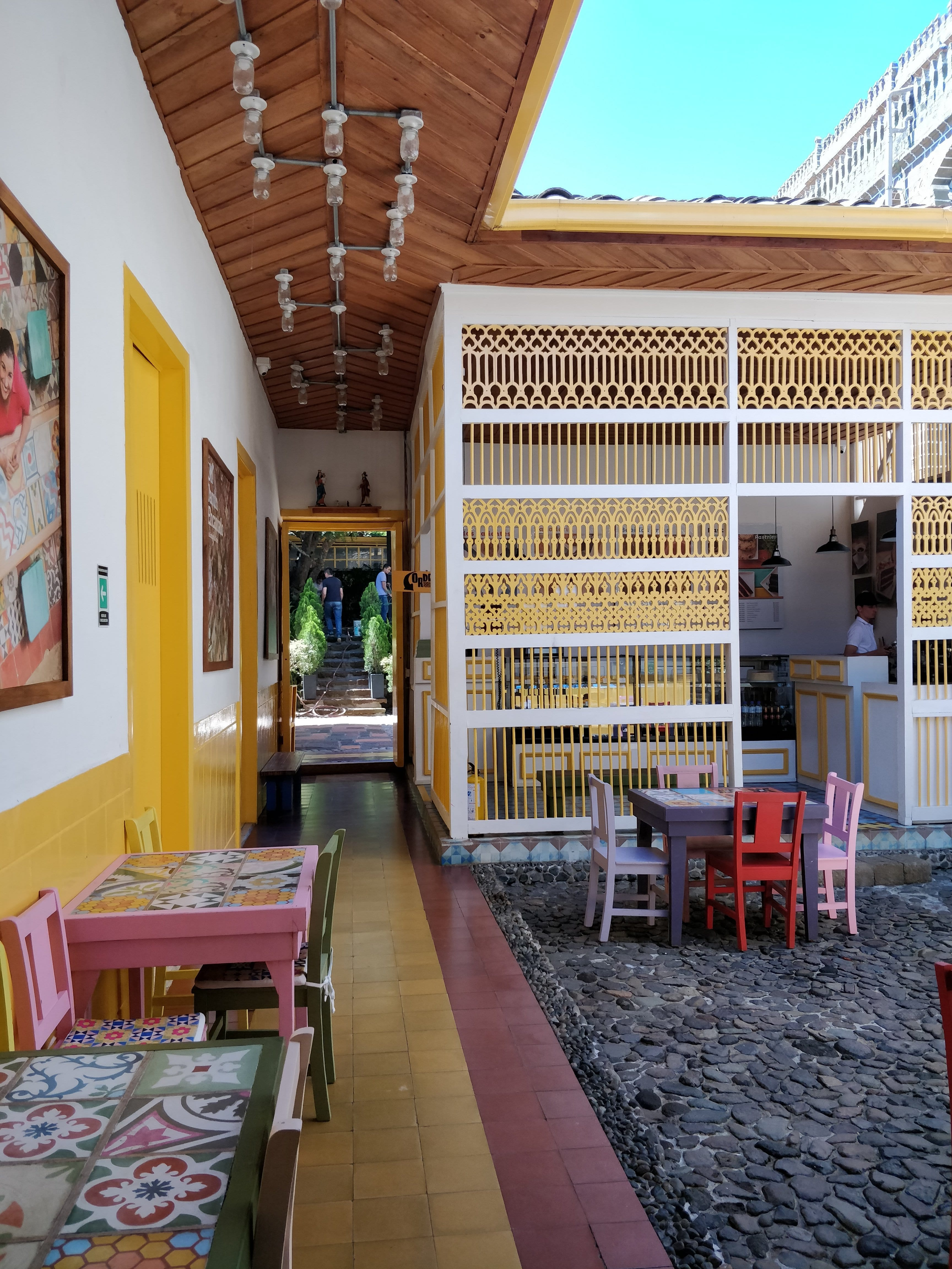 front patio of cafe macanas