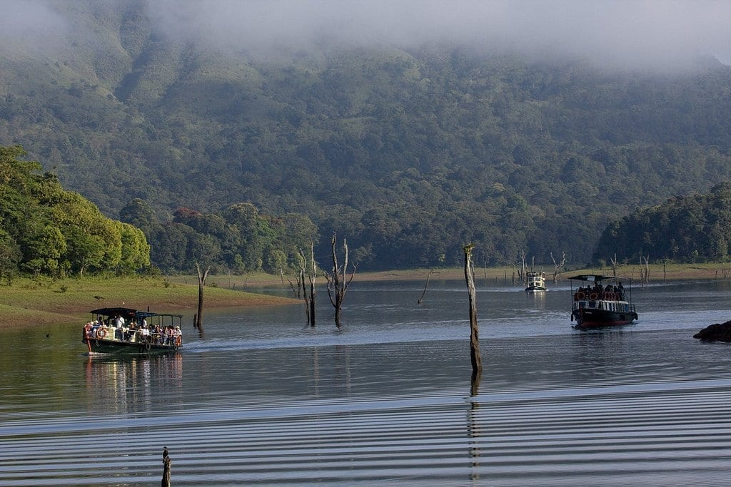 the lakes in Thekkady one of themost most beautiful places to visit in Kerala